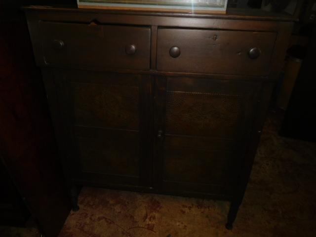 Past Auctions - DSCN9881.JPG