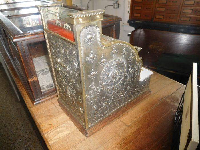 Past Auctions - DSCN9887.JPG
